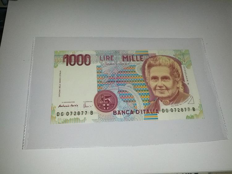 1000f.jpg